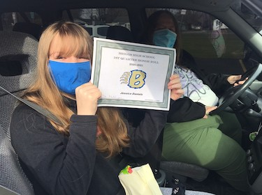 Briggs Student Drive Through Honors
